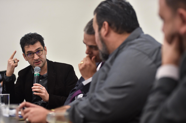 Reunião com o Secretário Municipal de Educação. Na foto, o Secretário Municipal de Educação, Adriano Naves de Brito.