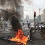 Bloqueio policial fecha rua de Sarcelles após manifestação contra violência na Faixa de Gaza