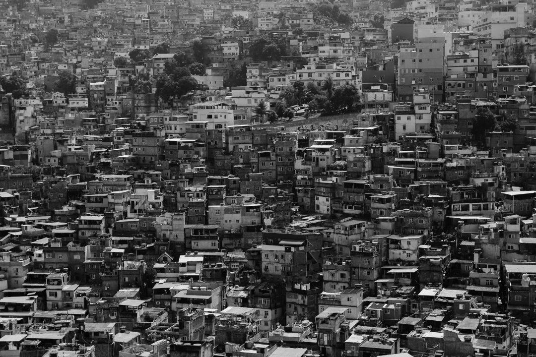 Favelas e o coronavírus (Free-Photos/Pixabay)