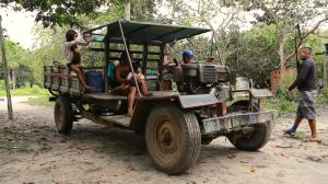 """""""Poc-Poc"""", o veículo com que os vigilantes percorrem o território (Fábio Alkmin)"""