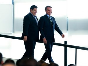 Os presidentes do senado federal, Davi Alcolumbre e o da República, Jair Bolsonaro (Valter Campanato/Agência Brasil)