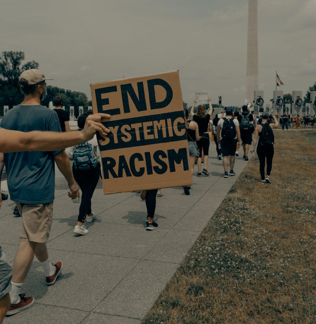 O fim do racismos estrutural depende do reconhecimento da branquitude