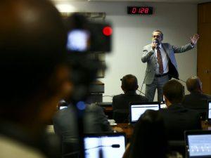 Weintraub em audiência pública (Agência Brasil)