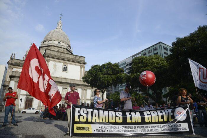 A onda de greves que precedeu o fim do governo Dilma